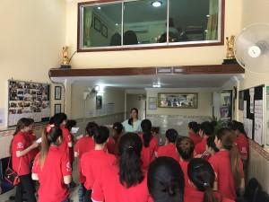 カンボジア人財育成は朝の唱和から